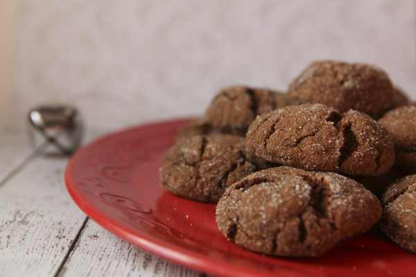 Paleo Ginger Snaps - The Skinny Pear